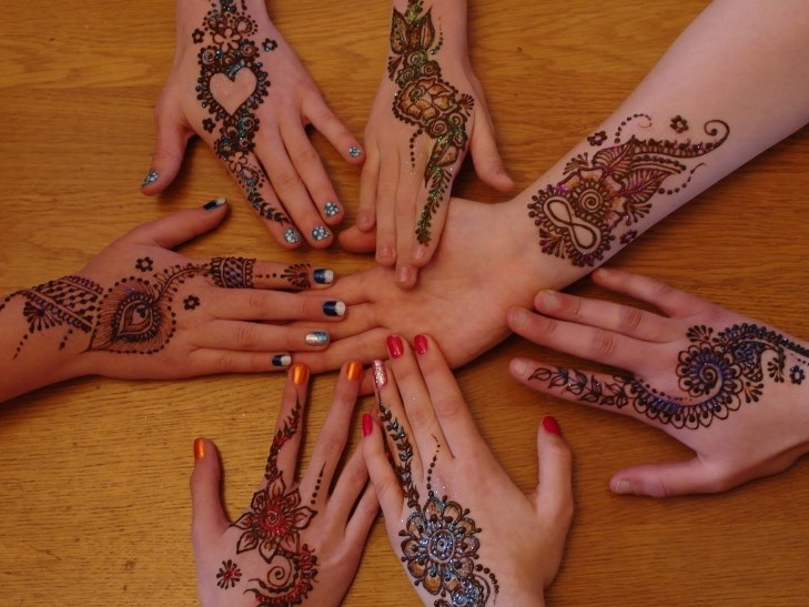 Henna party kids hand of fatima